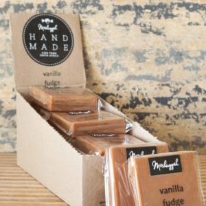 Vanilla Fudge Slab – 75g Of Fabulous Hand Made Fudge. A Smooth Slab Of Pure Creamy Indulgence.